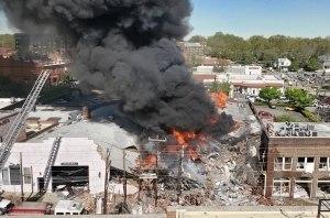 Взрыв газопровода уничтожил коллекцию из 80 редких Porsche