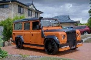 Австралиец построил Land Rover Defender в стиле игрушечных машинок Hot Wheels