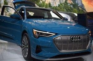 Стали известны цены на электрокроссовер Audi e-tron Quattro
