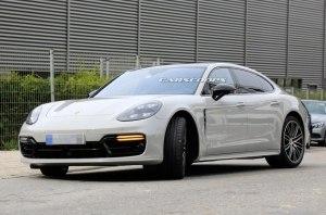 Porsche работает над фейслифтингом популярной модели