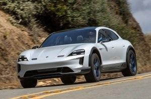 Porsche раскрыл стратегию электрификации модельного ряда